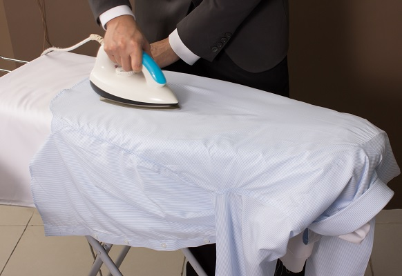 how to iron a shirt properly within 3 minutes. Black Bedroom Furniture Sets. Home Design Ideas